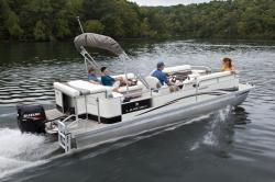 2011 - Landau Boats - Harbor Cruise 24