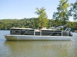 2012 - Landau Boats - 2300 Signature Cruise