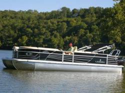 2012 - Landau Boats - 2700 Signature Cruise