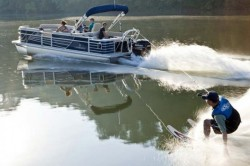 2013 - Landau Boats - 2300 Signature Cruise