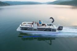 2017 - Landau Boats - 2500 Signature Cruise