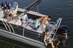 2018 - Landau Boats - 2700 Signature Sport Cruise