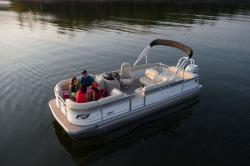 2018 - Landau Boats - Signature 2200 Cruise