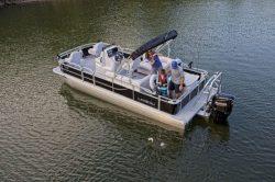 2020 - Landau Boats - 232 CC A-Lure Fishing