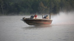 2018 - Legend Boats - V-21