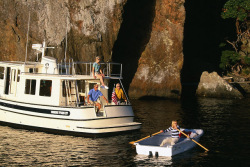 2013 - Livingston Boats - LV10