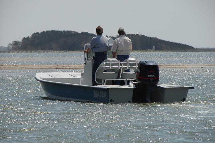 l_18ftbayboat21ftv-hullboat25ftredfishmajekboatsiboats2