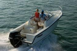 Mako Boats - 215 Express