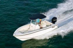 2010 - Mako Boats - 234 Center Console