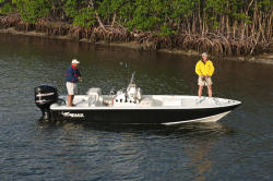 Mako Boats - 2201 Tunnel Inshore - 2010