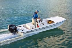 2013 - Mako Boats - Pro 16 Skiff CC