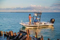 2018 - Mako Boats - Pro Skiff 19 CC Top Drive