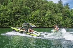 2015 - Malibu Boats CA - Wakesetter 22 VLX