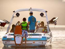 2019 - Malibu Boats CA - Wakesetter 21 VLX