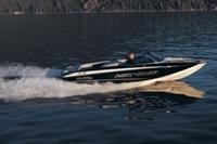 Malibu Boats CA Response LXi SE Ski and Wakeboard Boat