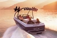 Malibu Boats CA Ride Xti Ski and Wakeboard Boat