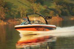 Malibu iRide Ski and Wakeboard Boat