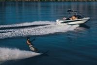 Malibu Sunscape 20 LSV Ski and Wakeboard Boat