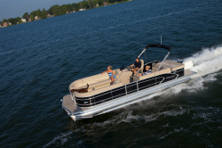 2014 - Manitou Boats - 27 Legacy SHP