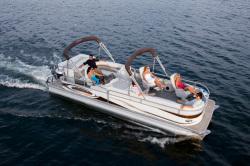2010 - Manitou Boats - 26 Legacy