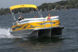 2010 - Manitou Boats - 22 X-plode Sportfish