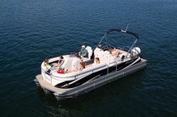 2010 - Manitou Boats - 25 Encore SES