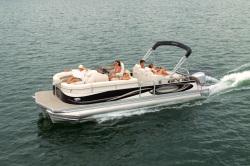 2011 - Manitou Boats - 25 Legacy