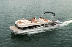 2011 - Manitou Boats - 27 Legacy
