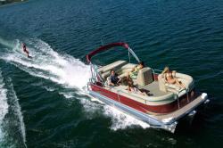 2011 - Manitou Boats - 24 Aurora