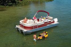 2011 - Manitou Boats - 25 Oasis SE