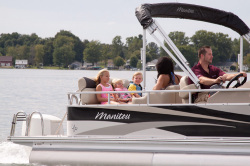 2012 - Manitou Boats - 25 Oasis VP