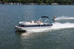 2012 - Manitou Boats - 25 SES VP