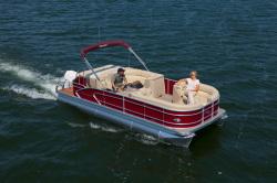 2013 - Manitou Boats - 23 Legacy Twin Tube