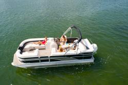 2013 - Manitou Boats - 22 Encore SHP