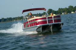 2013 - Manitou Boats - 24 Encore Twin Tube
