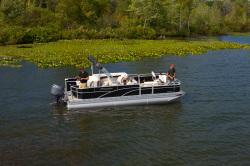2013 - Manitou Boats - 22 Encore Pro Angler Twin Tube