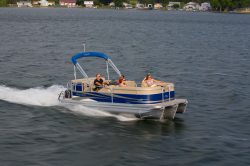 2013 - Manitou Boats - 20 Oasis Twin Tube