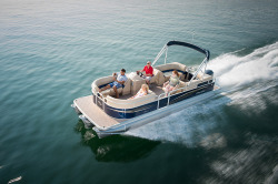 2015 - Manitou Boats - 23 Aurora SHP