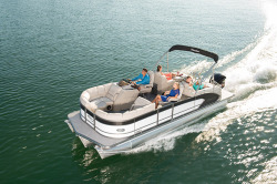 2015 - Manitou Boats - 23 Legacy SHP