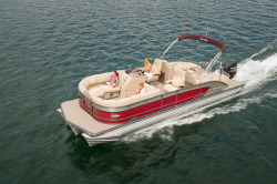 2015 - Manitou Boats - 25 Legacy SHP