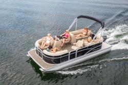2017 - Manitou Boats - Aurora 22 RF