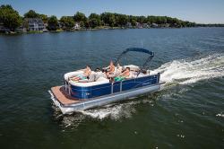 2017 - Manitou Boats - Aurora LE 22 Standard