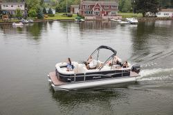 2017 Manitou Boats Oasis 22 Standard