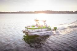 2017 - Manitou Boats - X-Plode 23 SRW