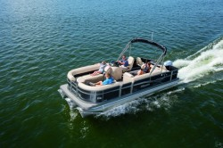 2017 - Manitou Boats - Oasis Angler 20 Full Front