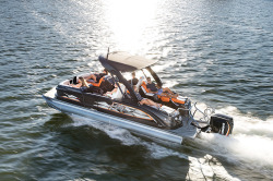2018 - Manitou Boats - X-Plode XT 23 SRS