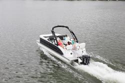 2018 - Manitou Boats - X-Plode 23 SRW
