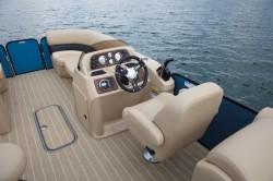 2018 - Manitou Boats - Aurora LE 21 Standard