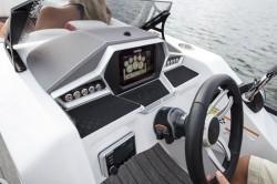 2018 - Manitou Boats - X-Plode 23 RFX