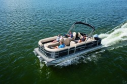 2018 - Manitou Boats - Oasis Angler 20 Full Front